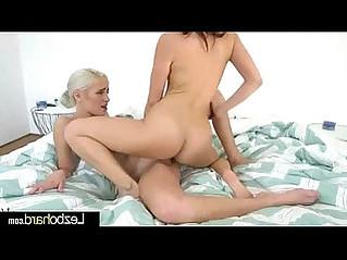 Hot Teen Girls Jenna Sativa Naomi Woods Show On Camera Their Love clip