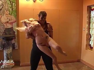 Amazon woman destroys pixie