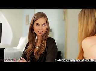 LesbianOlderYounger Riley Reid and Sovereign Syre Facesit