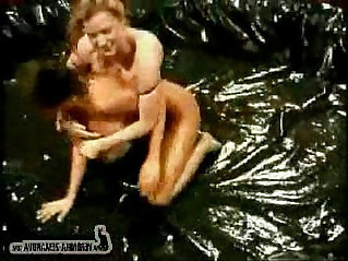 Veronica Zemanova And Sydney Moon Oil Wrestling
